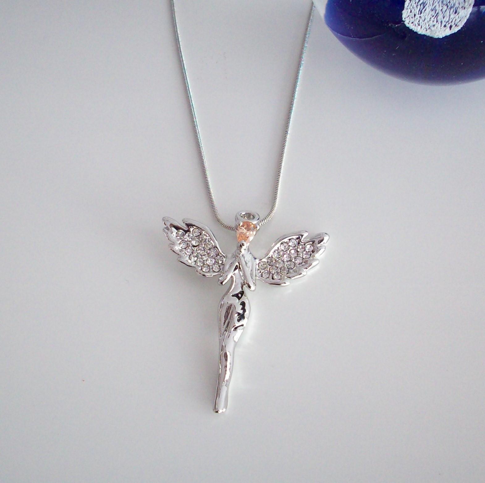 halsband med ängel