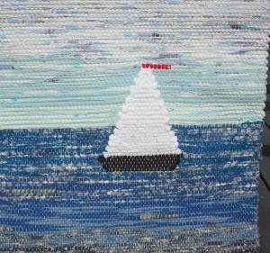 Inplockad segelbåt