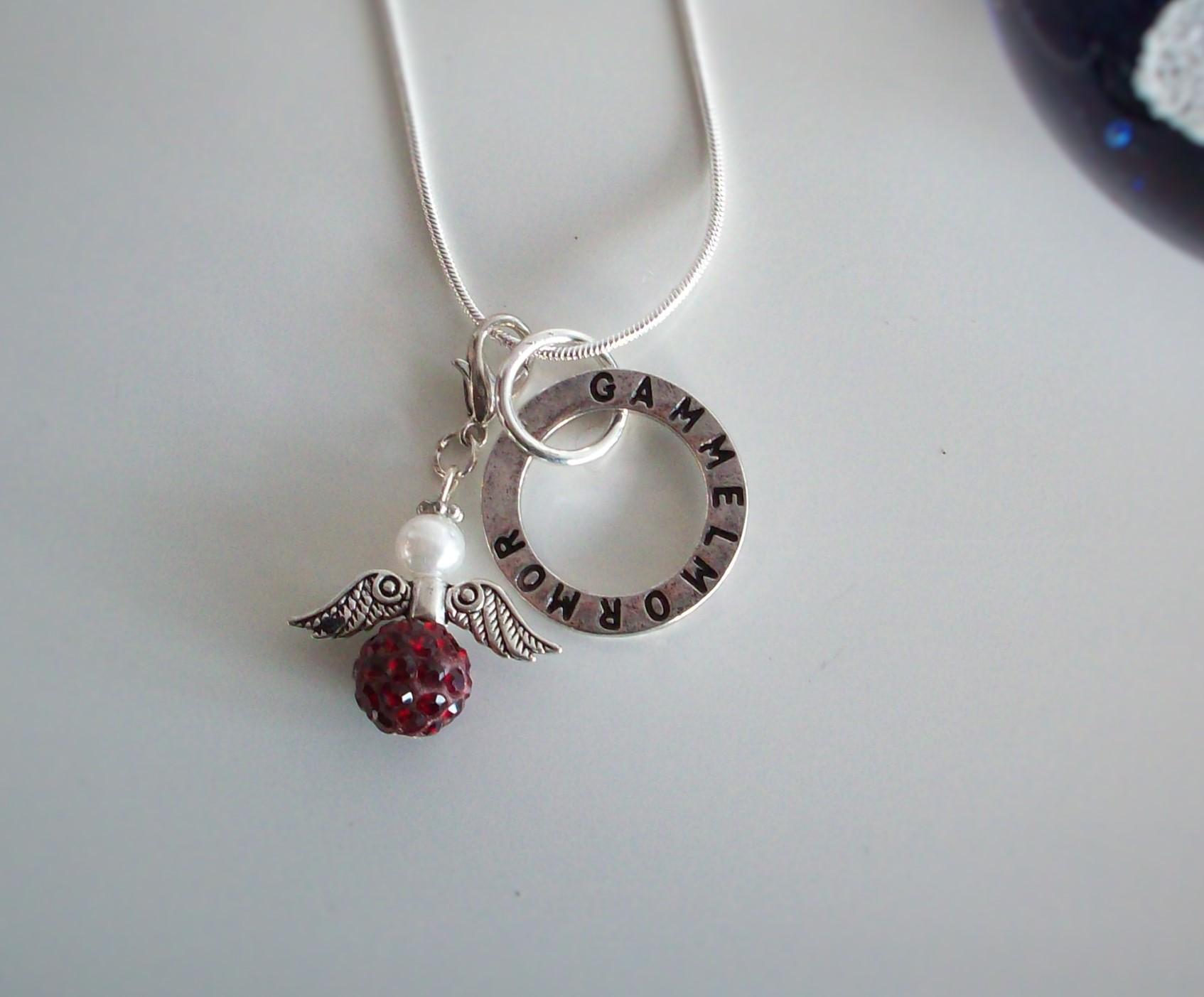 Smycke till mormor